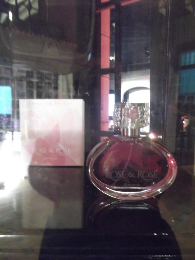 Lanzamiento de perfume Rose & Rose
